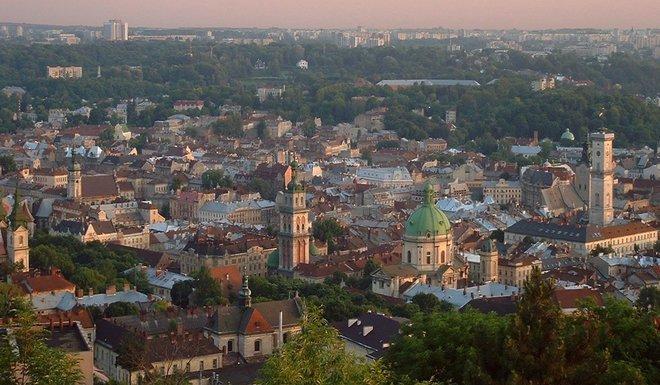 Панорама центра Львова