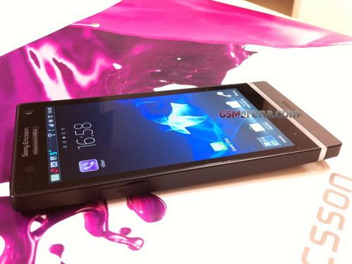 Фото и характеристики смартфона Sony Ericsson Arc HD (Nozomi)