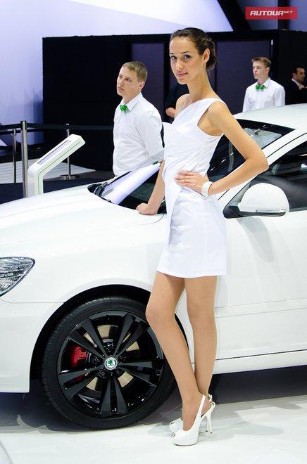 Девушки Московского автосалона 2012 ММАС