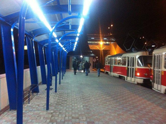Трамвай Троещина установка Сабурова
