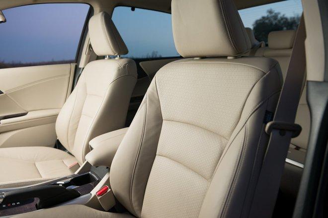 Хонда Аккорд 2013 азиатская модификация сидения